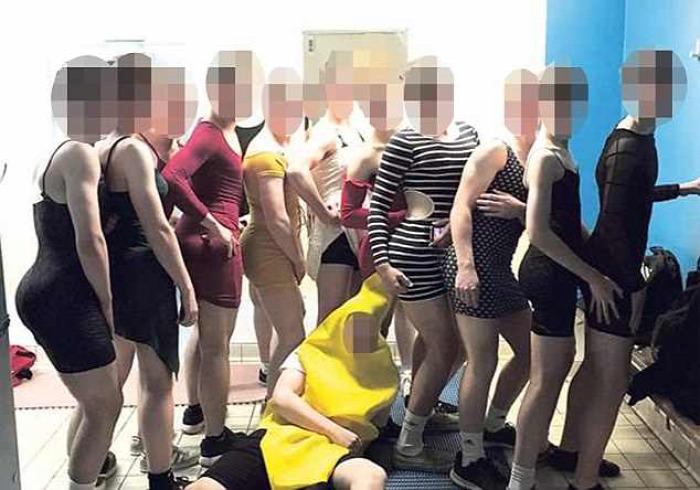 nemi identitás nemi szerepek