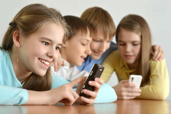 mobiltelefon alkalmazás app kamaszok önállósodás