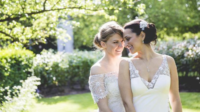 homoszexualitás leszbikus esküvő házasság