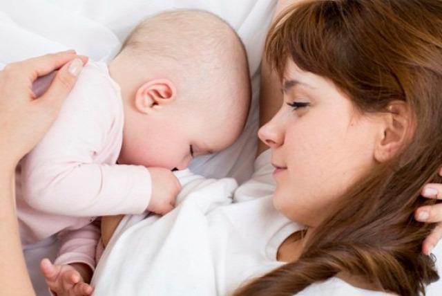 szoptatás anyaság tápszer stigma