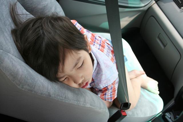 biztonsági ülés gyermekülés autósülés baleset