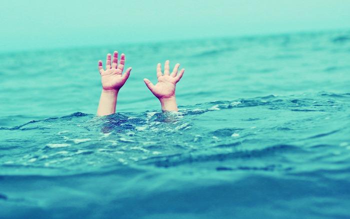 fulladás fuldoklás vízbe fulladás