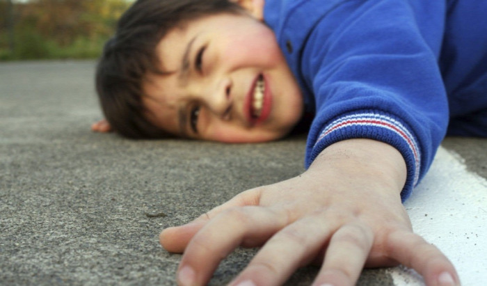 gyermekbalesetek megelőzés emeletről lezuhant gyerek