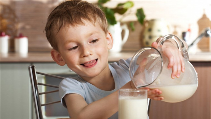 mandulatej ihat e mandulatejet a gyerek mandulatej vagy tehéntej ihat e mandulatejet a baba