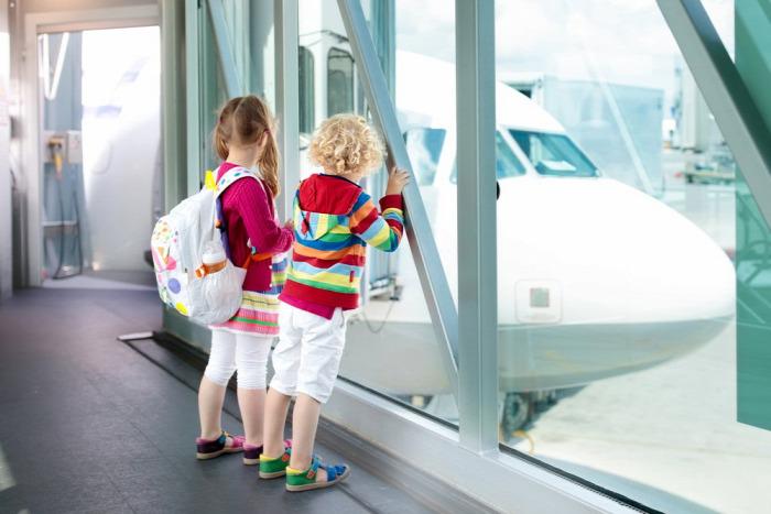 repülés gyerekkel repülni
