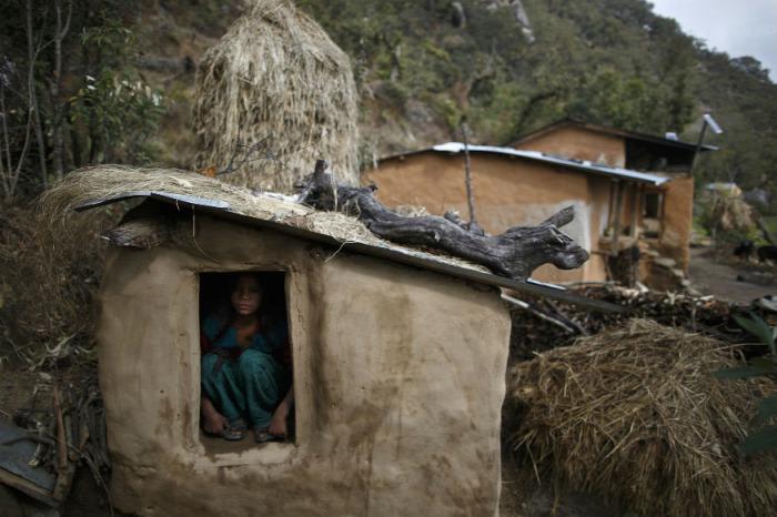 menstruáció nepál chhaupadi hagyományok tradíciók