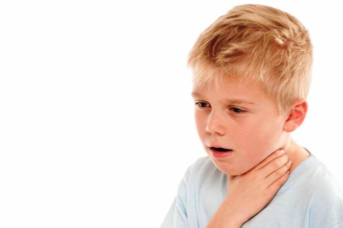 rágógumi rágógumireklám reklámok hirdetés idegentest légúti idegentest heimlich műfogás gyerekek gyermekek elsősegélynyújtás
