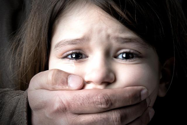 nemi erőszak zaklatás gyermek nemi abúzus gyanújelek családon belüli erőszak