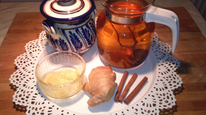 természetes gyógymód méz gyömbér fahéj zöld tea hagyományos gyógyászat