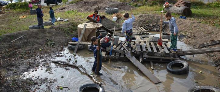 újrahasznosítás gyerek játszótér raklap hulladék