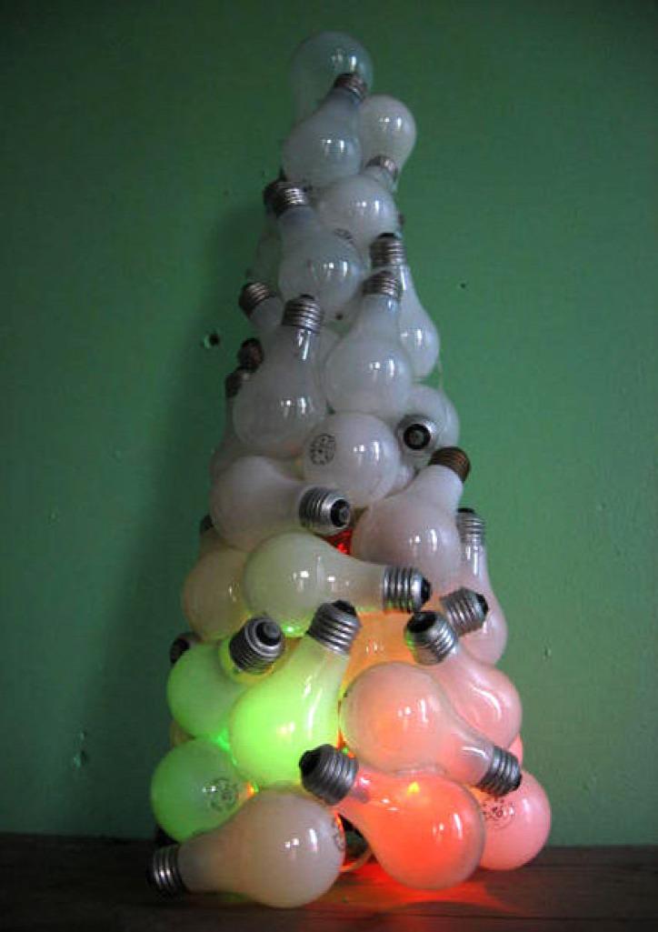 karácsony újrahasznosítás otthon gyerek papír barkácsolás saját kezűleg kézműves