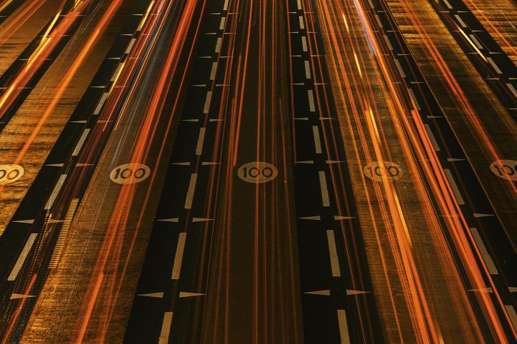 környezetszennyezés légszennyezés gyorshajtás közlekedés