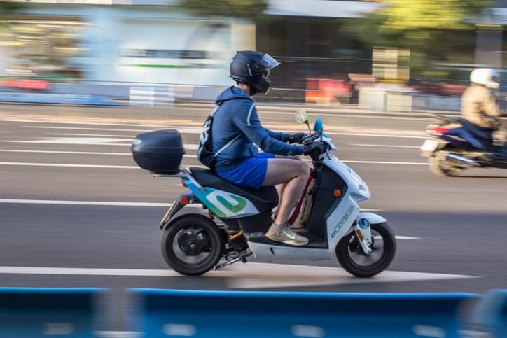 városi életmód közlekedés légszennyezés autó elektromos robogó klímaválság klímaváltozás globális felmelegedés környezetvédelem