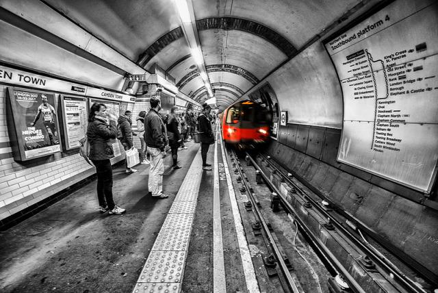 londoni metró légszennyezés PM2 5 szálló por közlekedés városi életmód környezetszennyezés levegőminőség