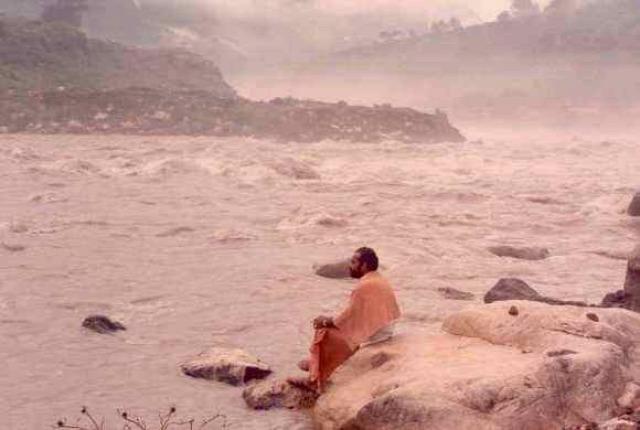 jóga hírességek utazás