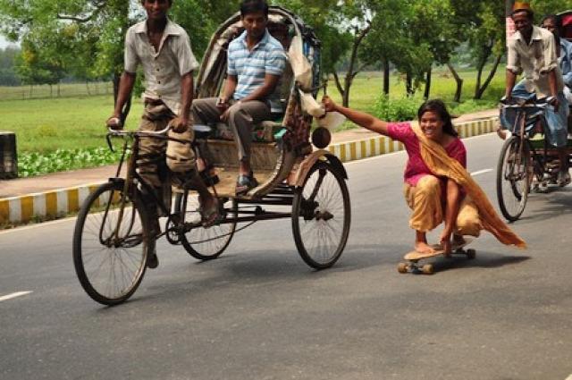 fiatalok foglalkozások indiai képek környezetvédelem közlekedés