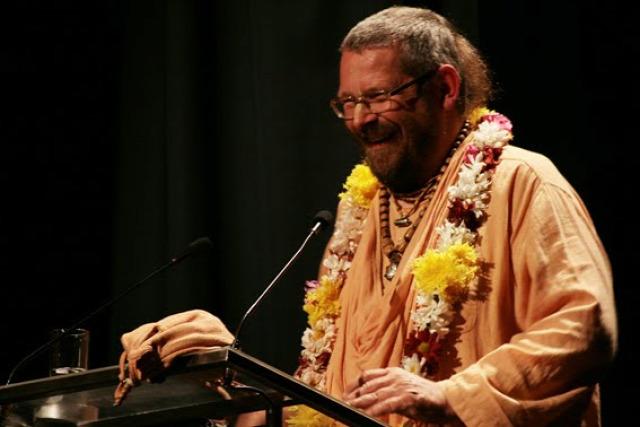 Paramadvaiti szvami hírességek hinduizmus programajánló