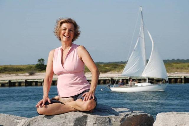 egészség  hírességek  jóga oktatás