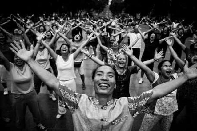 táplálkozás india hírességek erőszakmentesség jóga kezdőknek szépség
