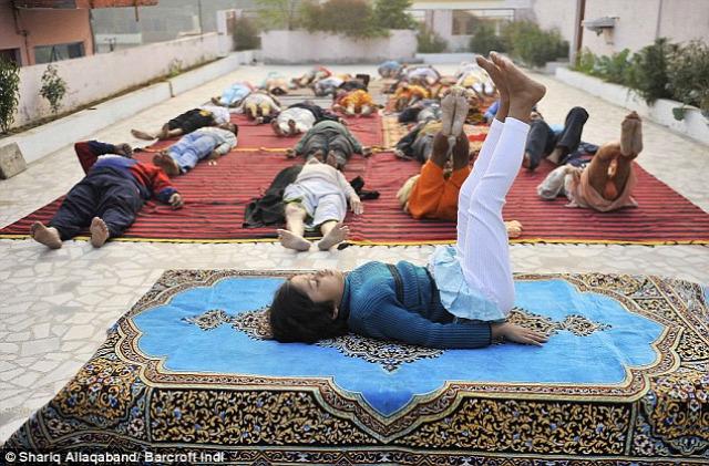 india jóga hatásai jóga oktatás