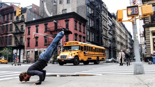 erőszakmentesség hírességek jóga képek pozitív gondolkodás