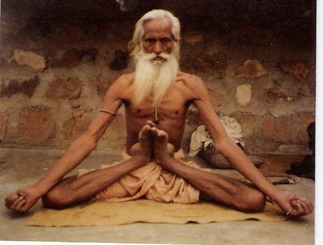 guru jóga oktatás indiai bölcsesség hírességek filozófia