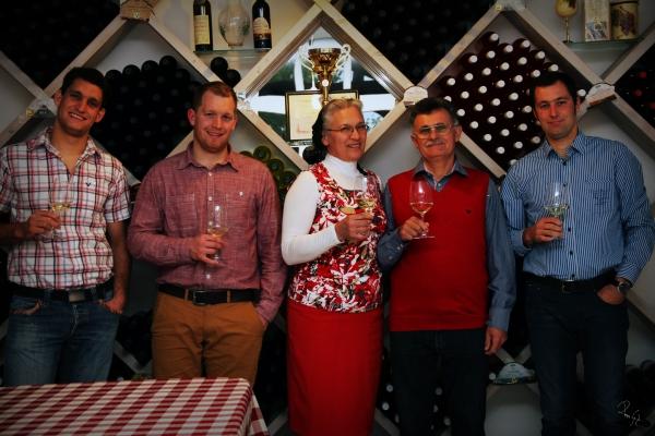 Nivegy-völgy Nivegy-völgyi névjegy balatoncsicsói plébánia borász bor névjegyek