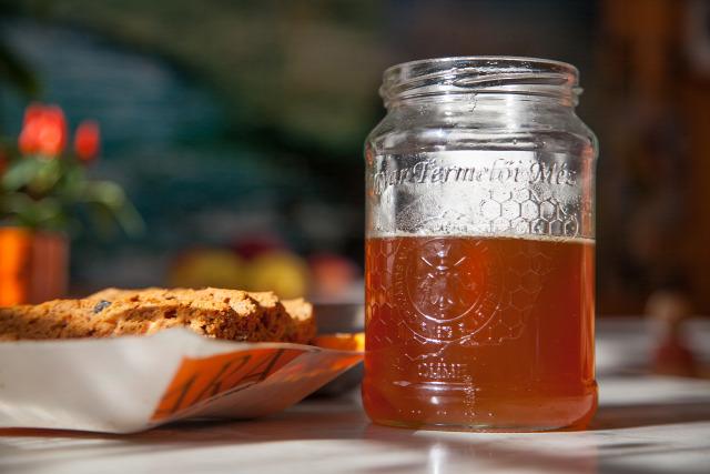 Balatoncsicsó balatoncsicsói plébánia Szentantalfa őstermelő méz patchwork névjegyek