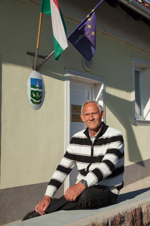Balatoncsicsó balatoncsicsói plébánia Nivegy-völgy Nivegy-völgyi névjegy névjegyek Tagyon polgármester