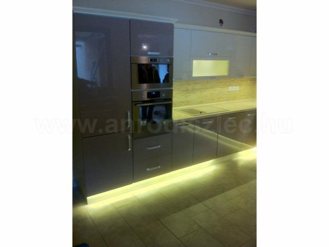 LED világítás konyhaszekrény konyhapult LED szalag otthon világítás