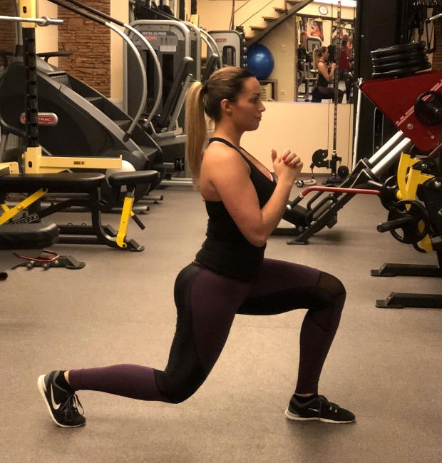 sport ünnep karácsony edzés mérleg személyi edzés otthoni edzés