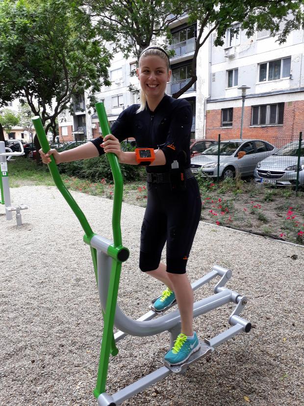 földön sport edzés kültéri edzés otthoni edzés futás nano fitness