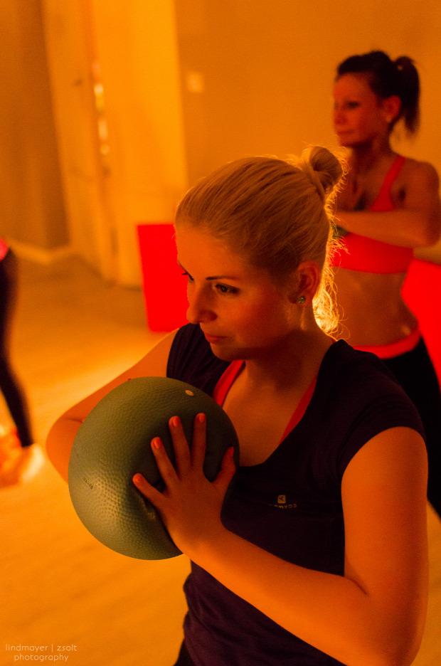 földön sport forróság kitartás csajos mozgás