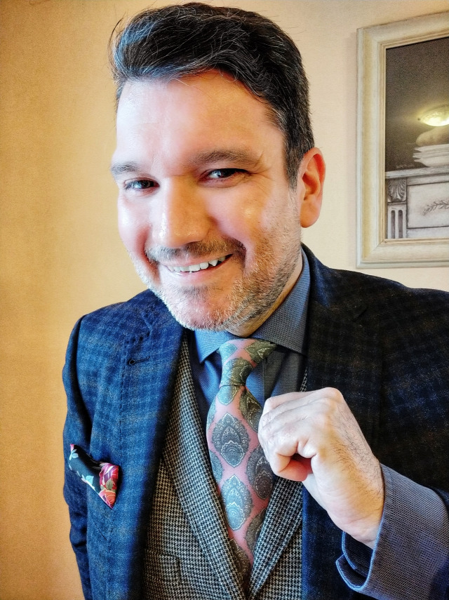 5889831989 sapka nyakkendő sál díszzsebkendő trendhim.hu