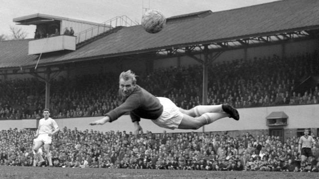 angol foci premier league besztlíg sport futball foci rúgd és fuss championship trautmann manchester city legenda fa cup 1956