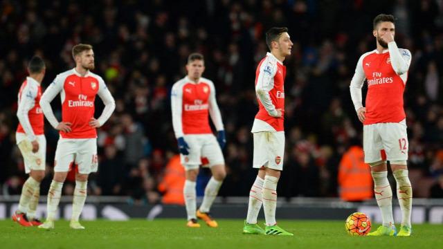 Peet Arsenal Wenger Cazorla Özil Elneny Iwobi Ramsey Chambers Flamini