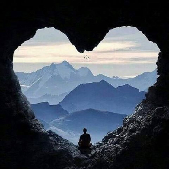 vallás meditáció itt és most Buddha Buddha hónap