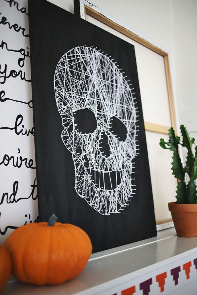 filléres lakberendezés kreatív ötletek ötlettár falikép szőnyeg anyagokból befőttes üveg anyagmaradék csillag kartonpapír tárolás tároló dobozok festés csomagoló papír gyertya fahéj gyerekszoba üvegtárgyak újrafestve váza tányéralátét parafadugó képkeret ablakkeret evőeszköz konyhai dekoráció pénzérme fonalkép fonalfestmény rózsa koszorú csipke mécsestartó filter villanykörte lakásdekoráció cserép függőkert kövek kavics lábnyomok virágok