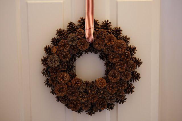 őszi dekoráció dekor falevél tök őszies hálaadás falevelek mécsestartó függő falikép falidísz kültéri dekoráció faanyag fa maradék saját készítésű gyertya ötlettár kukorica haloween tökfaragás tál papír rönk rönkök betű ág tündér toboz csokor kő kavics koszorú hajtogatott ablakdísz gyertya mécses