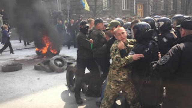 Ukrajna Kijev verekedés Avtomajdan tüntetés
