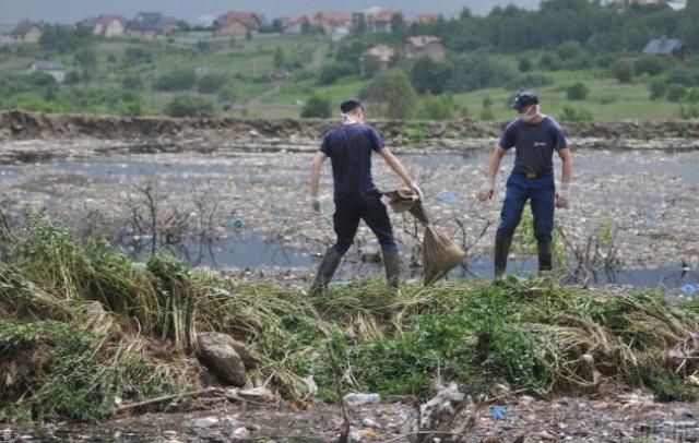Ukrajna Lemberg szemét lavina szerencsétlenség