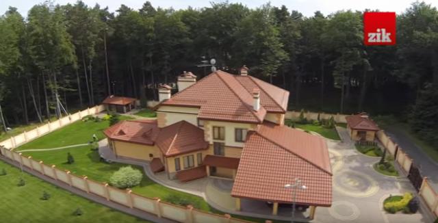 dronvideó ukrajna ukrán titkosszolgálat ukrán parlament verekedés ukrajnában verekedés a parlamentben