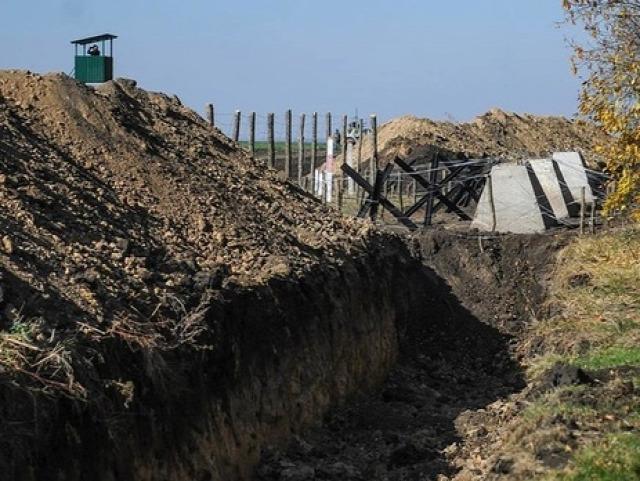 Kiépült védvonal Donbász határán