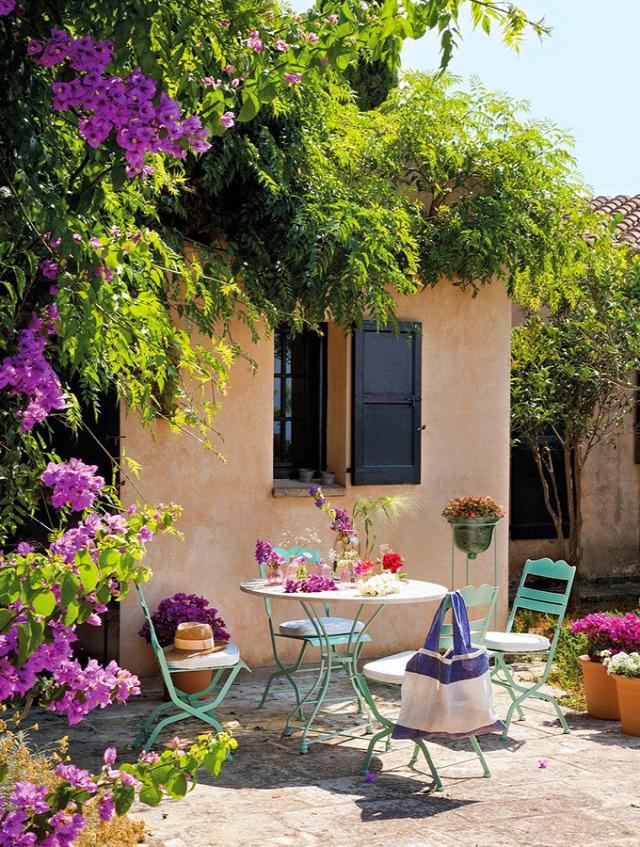 hálószoba nappali ebédlő Európa rusztikus kert terasz otthontúra mediterrán úszómedence Spanyolország fürdőszoba
