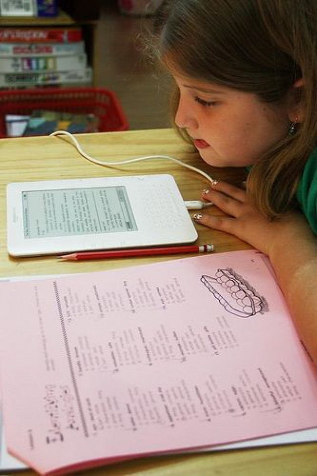iskola 21. század szülői minta felelősség család nevelés oktatás