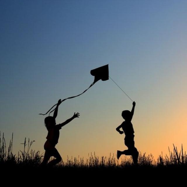 nyár vakáció pihenés szülői minta család szabadidő nevelés