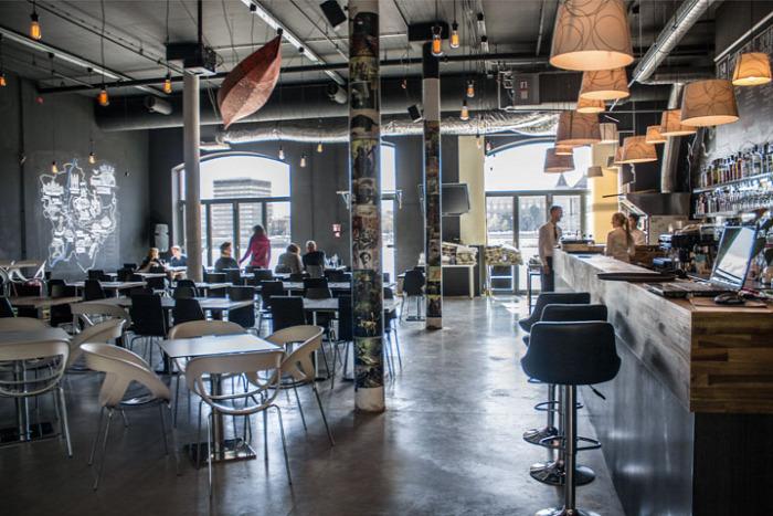 almdudler bevásárlóközpont Budapest bár hamburger IX. kerület limonádé látványkonyha olasz konyha piac pizza wifi állatbarát étterem belföld