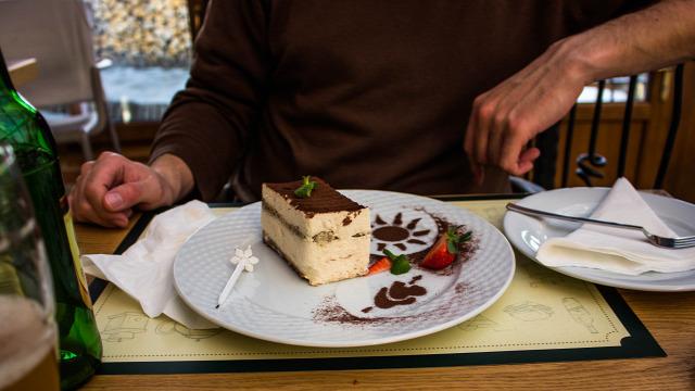 Noszvaj étterem olasz konyha hal hazai házhozszállítás kézműves termékek magyar konyha mangalica Bükk pizza sör sütemény tájjellegű wifi apasprint