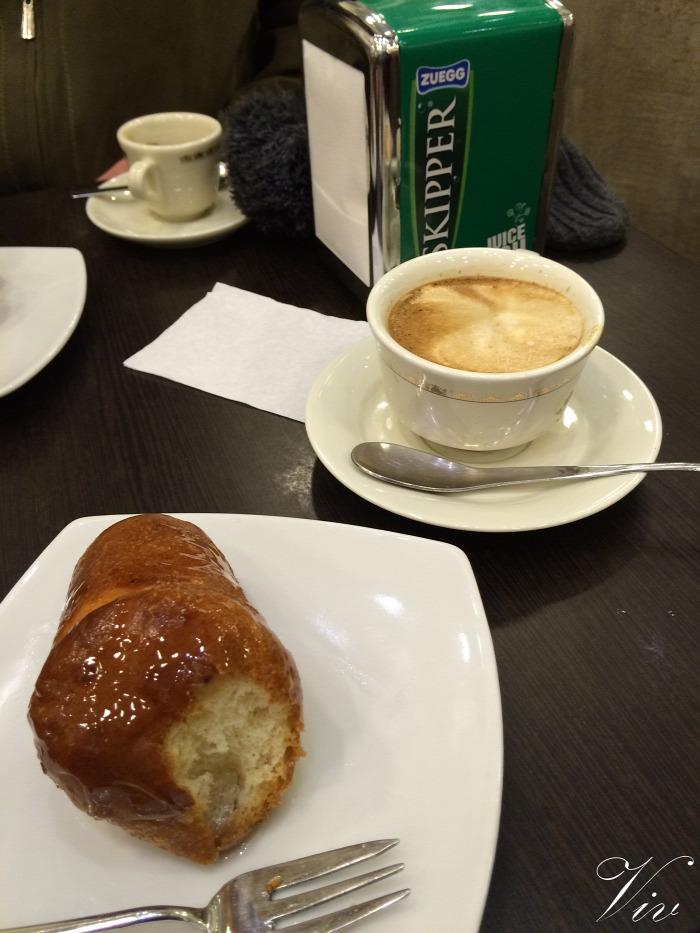 kávé sütemény külföld Nápoly