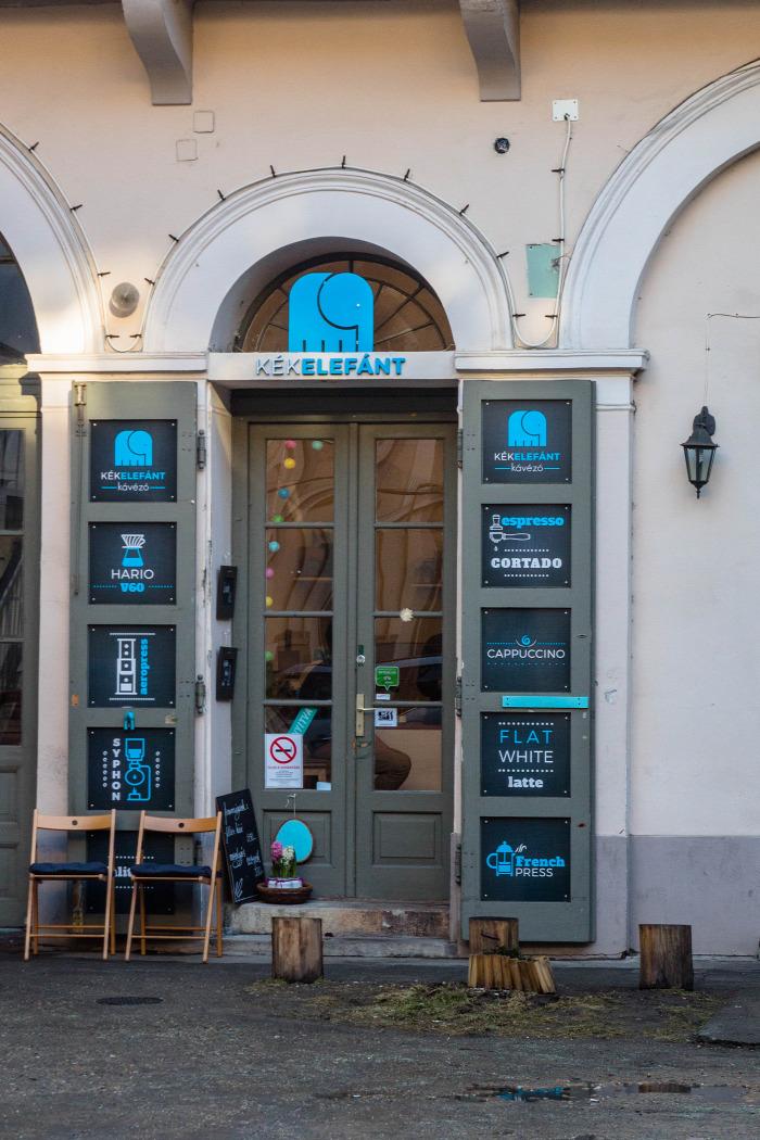Szeged kávézó vendégposzt filterkávé aeropress cupping kávé belföld
